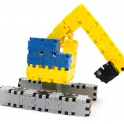 jucarie excavator construita din blocuri creative I