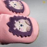 papucei piele brodati
